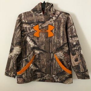 Under armour hunting camo pullover hoodie L